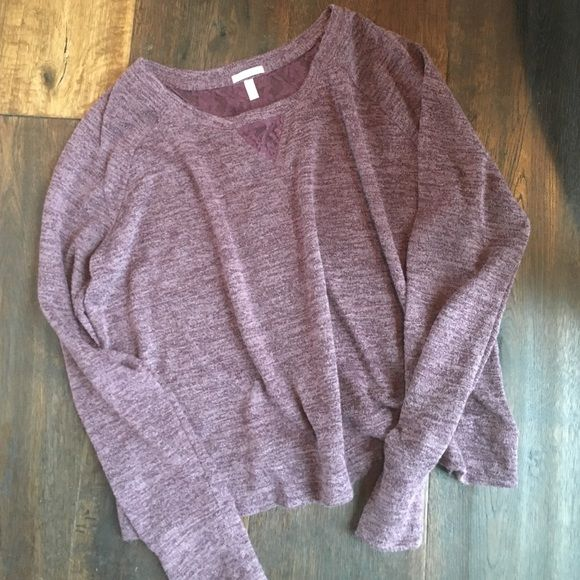 Victoria secrets lounge wear long sleeve top M Cute VS lounge wear purple w/ lace detail front and back. NEW without tags. Victoria's Secret Tops Tees - Long Sleeve
