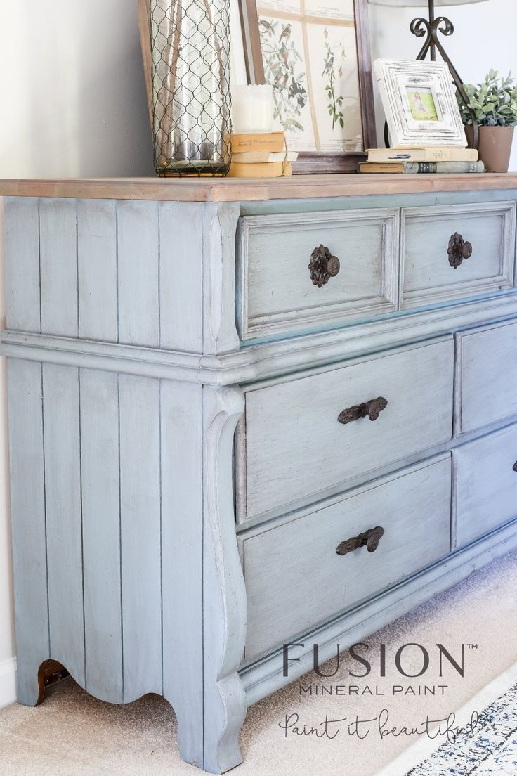 How to Use Antique Glaze Dark Wax Painted Furniture: Which one should you  use? This side by side comparison will help you know which to use! - When And How To Use Antique Glaze Or Dark Wax On Your Painted