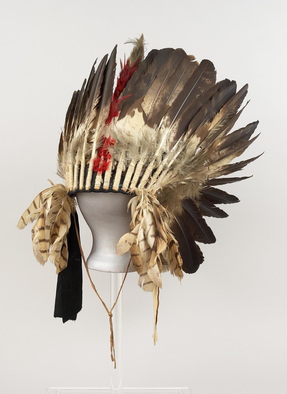 War Bonnet Northern Plains Eagle Plumes Black Feathers Yarn Hackle White Hawk Ribbons Native American Artifacts War Bonnet Native American Headdress