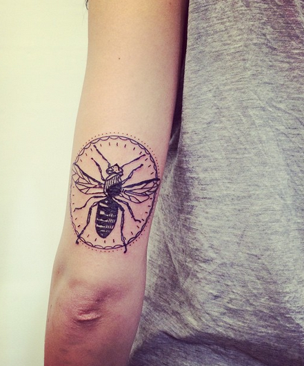 Bee by Karl Wojciechowski https://www.facebook.com/karlskitattoo?fref=ts