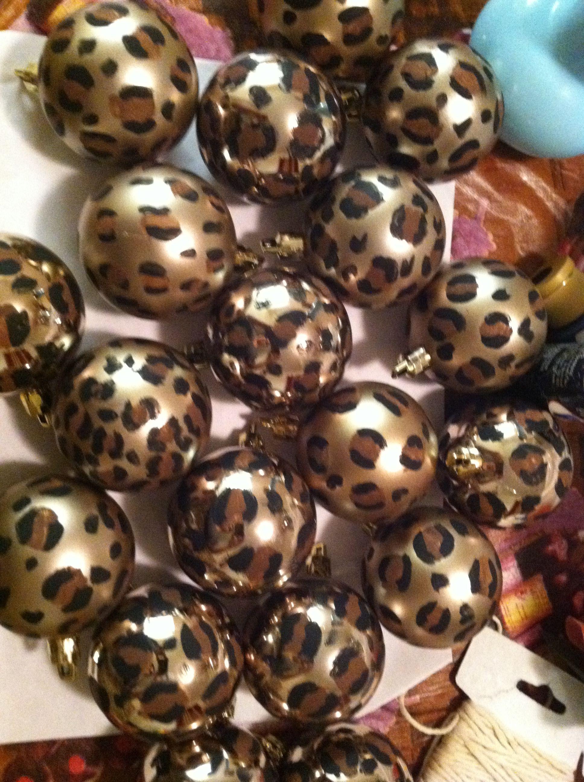 DIY cheetah print ornaments !!! Have a wild christmas !!! | • L ...