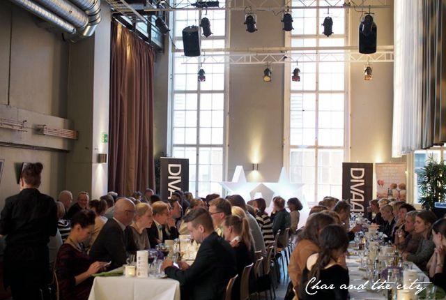Five star dinner for Divaani: http://divaaniblogit.fi/charandthecity/2014/04/28/viiden-tahden-illallinen/