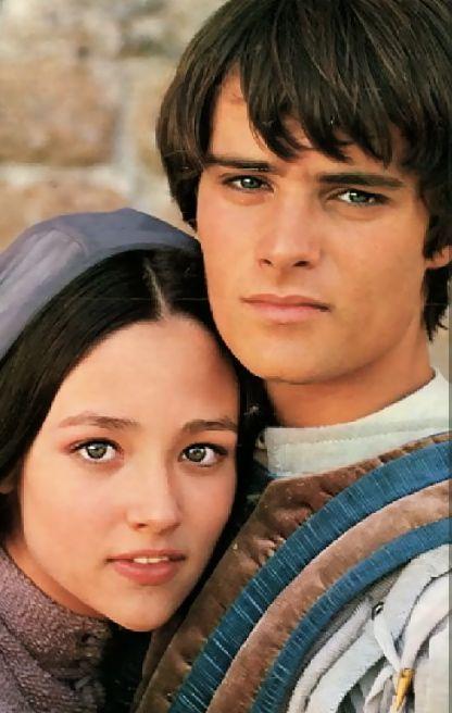 ROMEO AND JULIET  LEONARD WHITING OLIVIA HUSSEY AS TEENAGE LOVERS