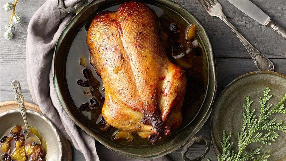 Kaczka Z Karmelizowanymi Pomaranczami I Zurawinami Przepis Recipe Food Turkey Meat