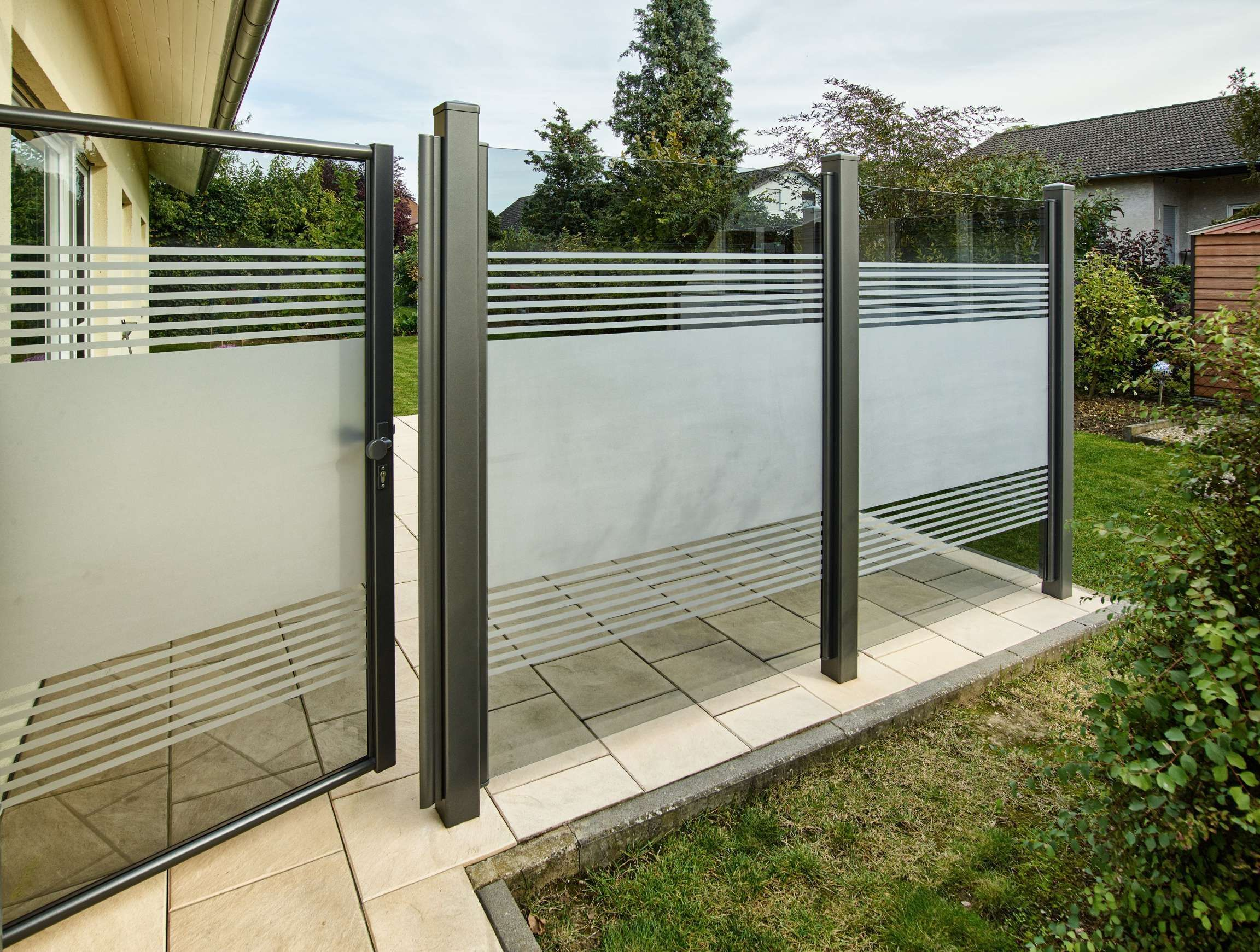 17 Wind Und Sichtschutz Fur Terrassen Aus Glas