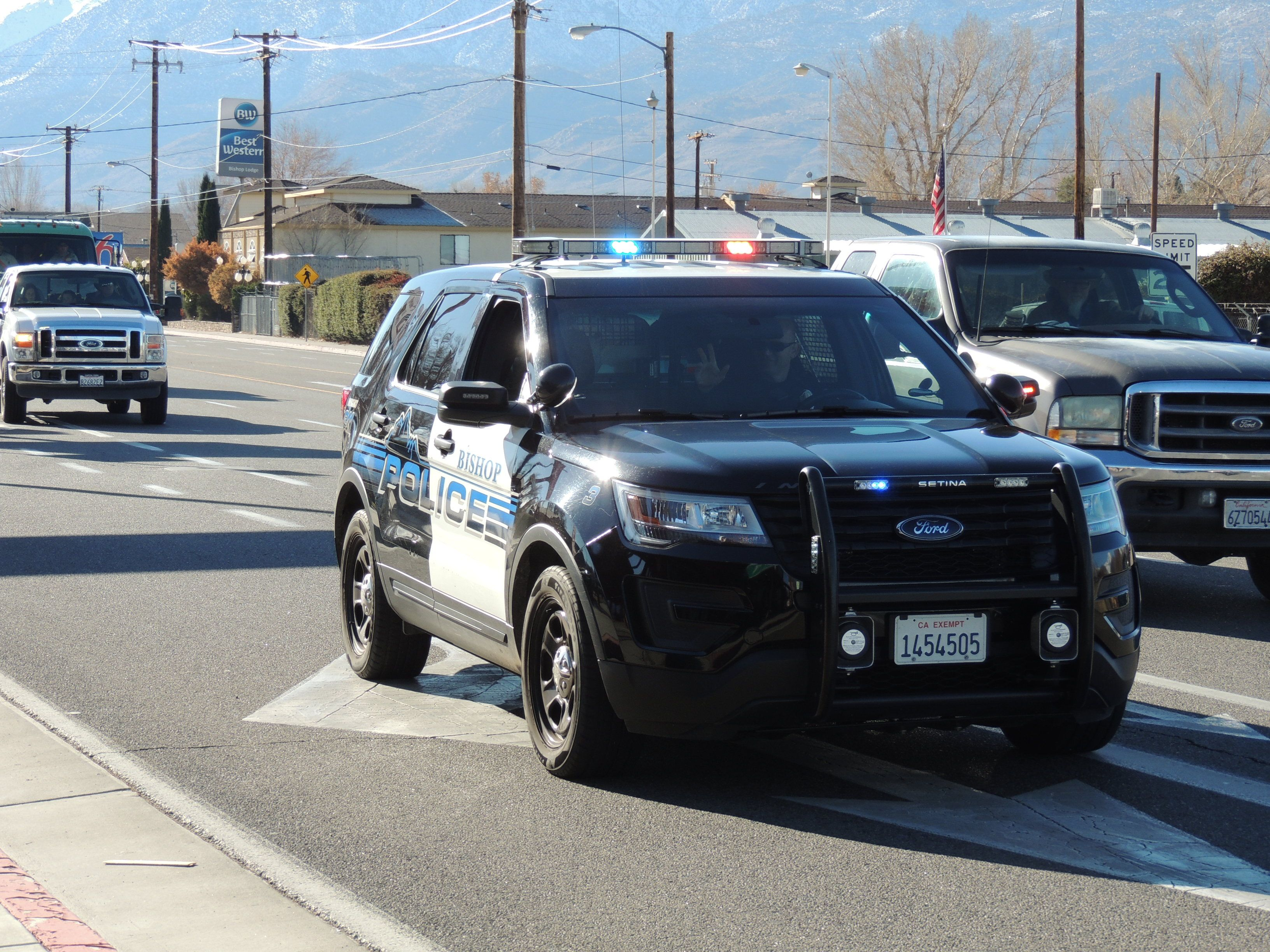 Pin By Anthony Ortiz On Police Vehicles Across The Usa With Images Police Cars Police Police Dept