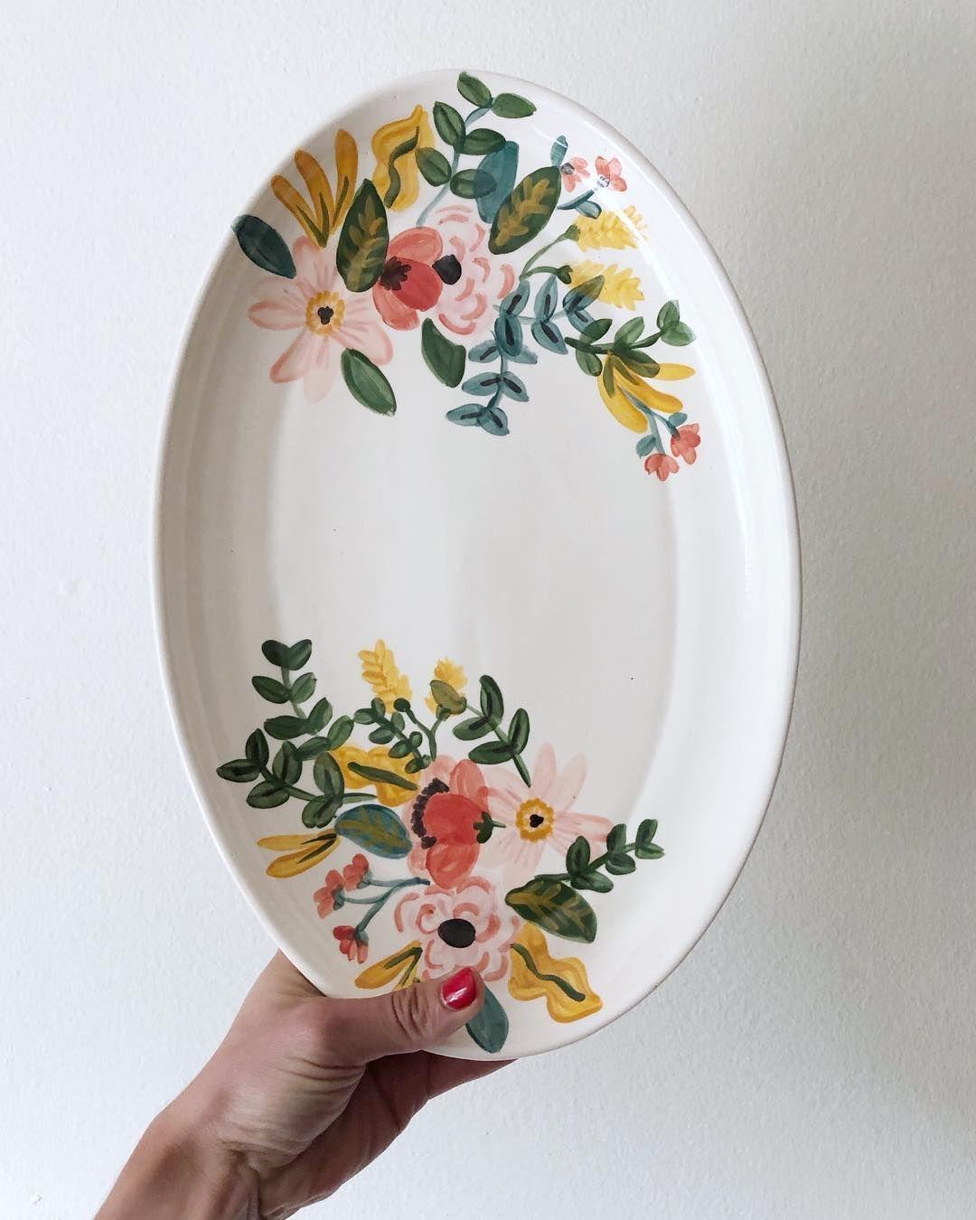 Catalina Cumsille On Instagram Con Estas Dos Fotos Queria Mostrarles Como Quedan Las Piezas Cuan In 2020 Pottery Painting Designs Painted Ceramic Plates Ceramic Cafe