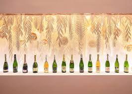 Image Result For Champagne Metal Dezeen Champagner Haus Dekoration Interieur
