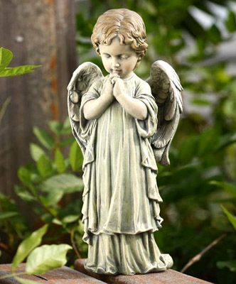 Resin Garden Statues Enhance Your Garden With A Variety Of Garden Statues Sculptures And Furniture Angel Statues Garden Angels Garden Statues