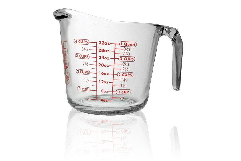 Deze multi-inzetbare maatbeker 1L (ø15,5x14cmH)van Anchor Hocking is ook geschikt voor in oven-en magnetron. Het glas is extra gehard waardoor de levensduur aanzienlijk langer is. Inhoudsmaten zijn zeer makkelijk af te lezen in milliliters, cups en pints. Inhoudsmaat is 1 liter. Meng, meet en giet in één handomdraai met de maatbekers van Anchor. Niet voor niets, 's werelds best verkochte maatbeker!