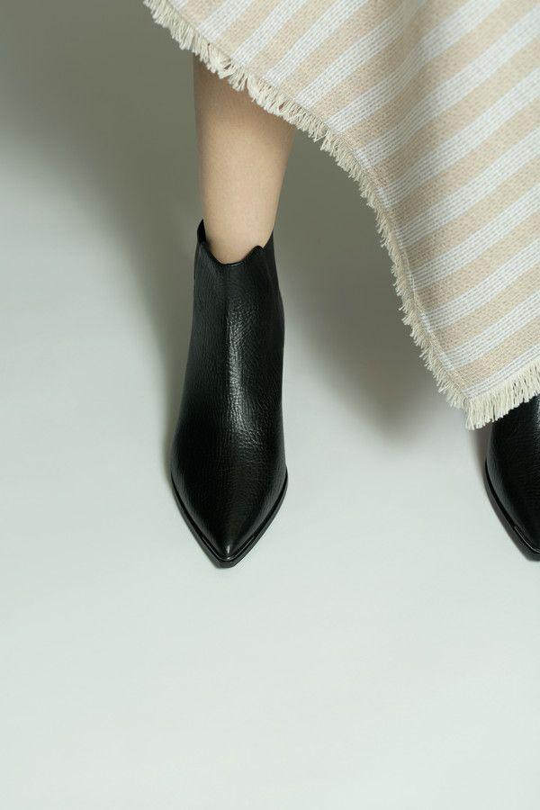 915a9a1f2612 Acne Studios Jensen Grain Black Chelsea boots   Footwear   Shoes ...