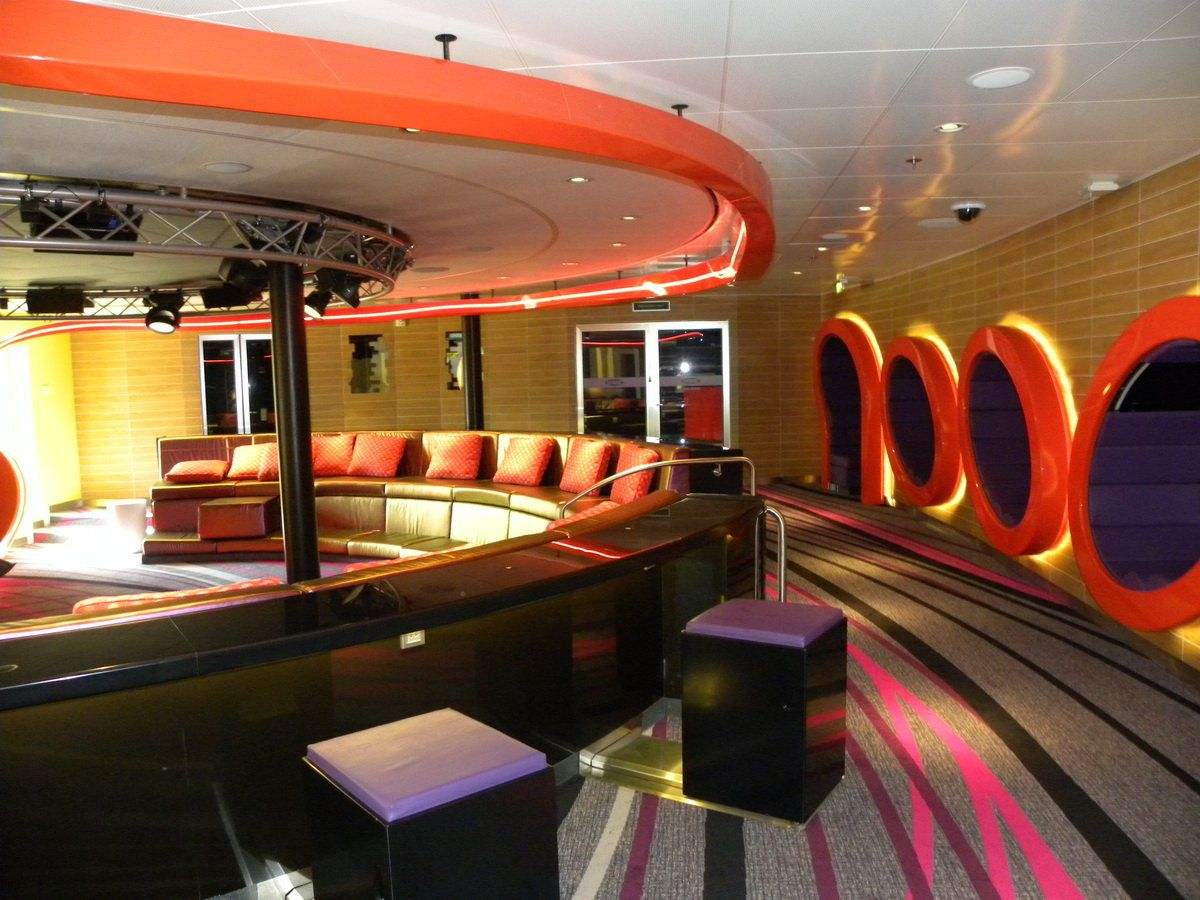 Disney Dream Vibe Teen Club Teens Ages Will Love The Ultra - Cruise ships for teens