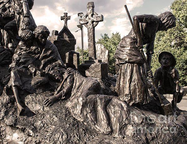 Philadelphia Irish Famine Monument - Philadelphia, Pennsylvania, USA ...