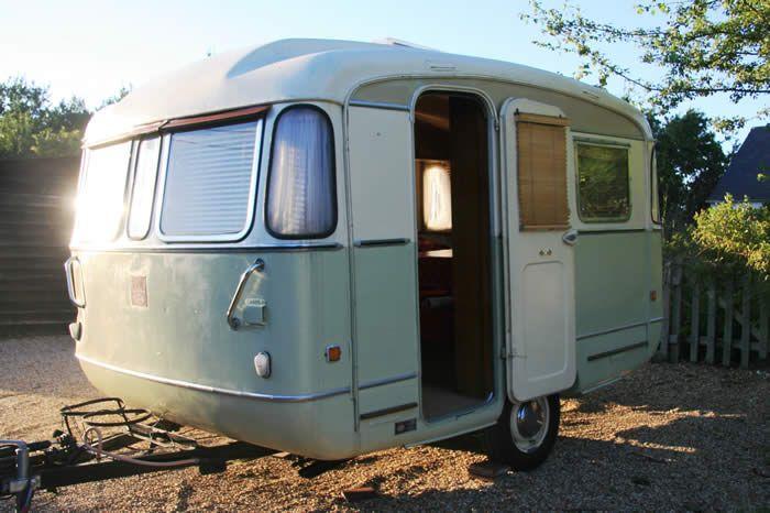 Pin by Meredith Steiner on Vintage Trailers | Camper caravan