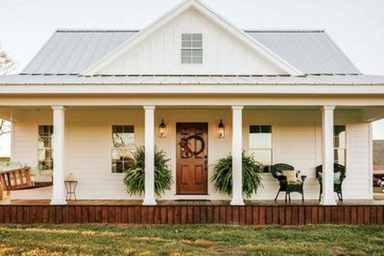 35 Elegant White Farmhouse Design Ideas To Give Beautiful Look Trendehouse House Plans Farmhouse Farmhouse House Farmhouse Exterior
