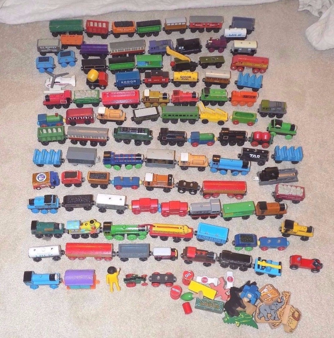 Gigantic Lot of 100 Thomas The Tank Engine Train Cars  Accessories https://t.co/kapWGvJPCY https://t.co/j3YBQDlgG0