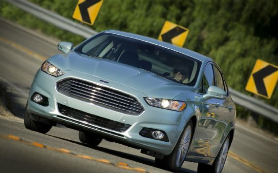 First Drive 2013 Ford Fusion Hybrid Automobile Magazine Ford