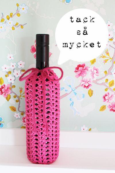 A good idea for a birthday present. kungen & majkis: Virkpiffad gå-bort-flaska.