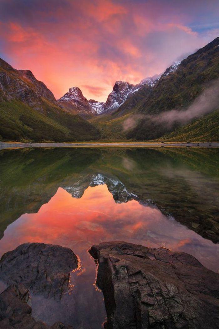 Une Jolie Photo De Paysage Paradisiaque Dans La Montagne Pour Un Wallpaper Beaux Fonds D Ecran Photos Paysage Paysage