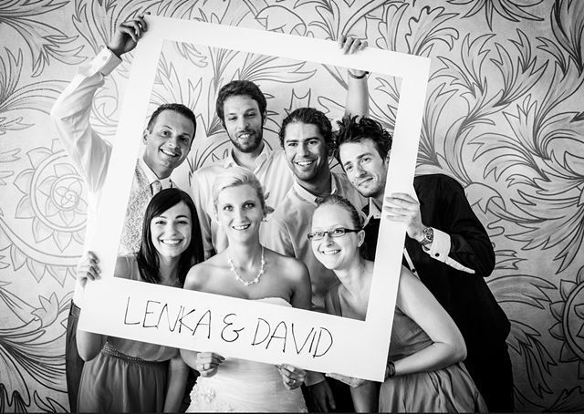 Diy giant polaroid frame anunkblog diy frame polaroid wedding diy giant polaroid frame anunkblog diy frame polaroid wedding solutioingenieria Image collections