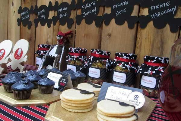 kids pirate party ideas from peartreegreetings pirate birthday halloween