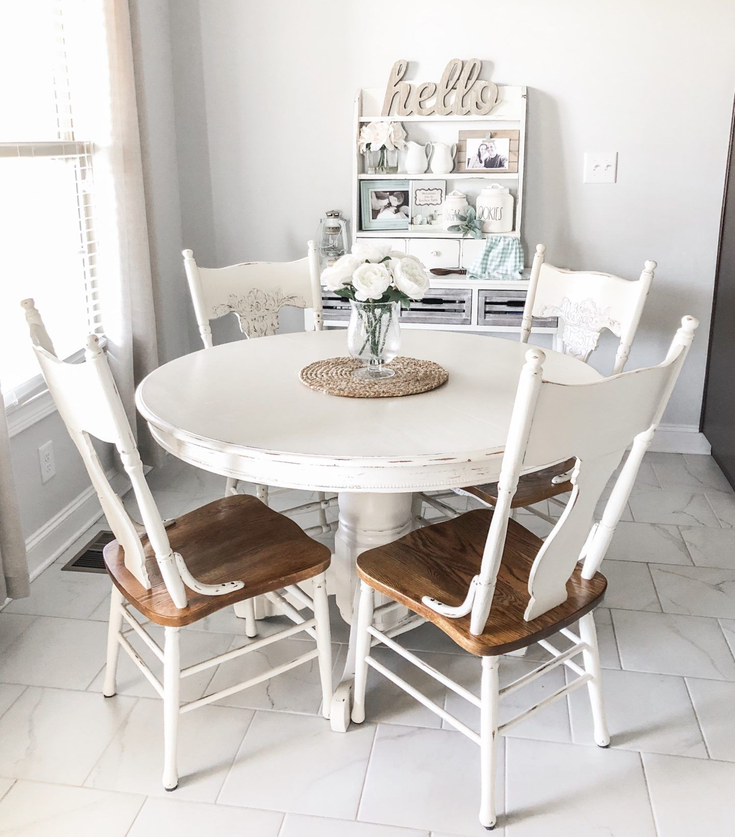 How To Paint And Distress Furniture Using Chalk Paint With Images