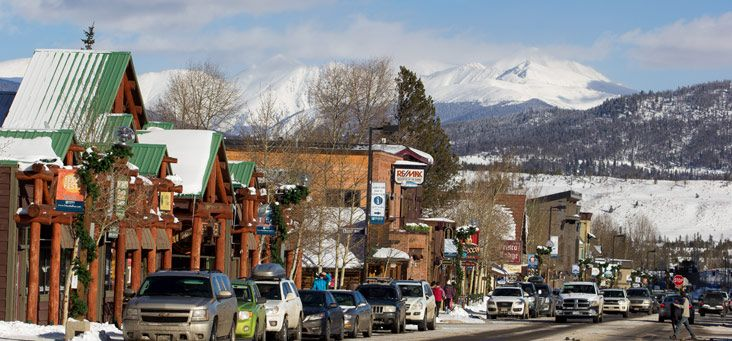 Skiing Holidayinn Summitcounty Frisco Colorado Hotel Travel Accommodations