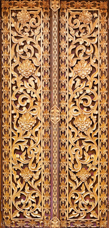 Thai doors ivy pattern