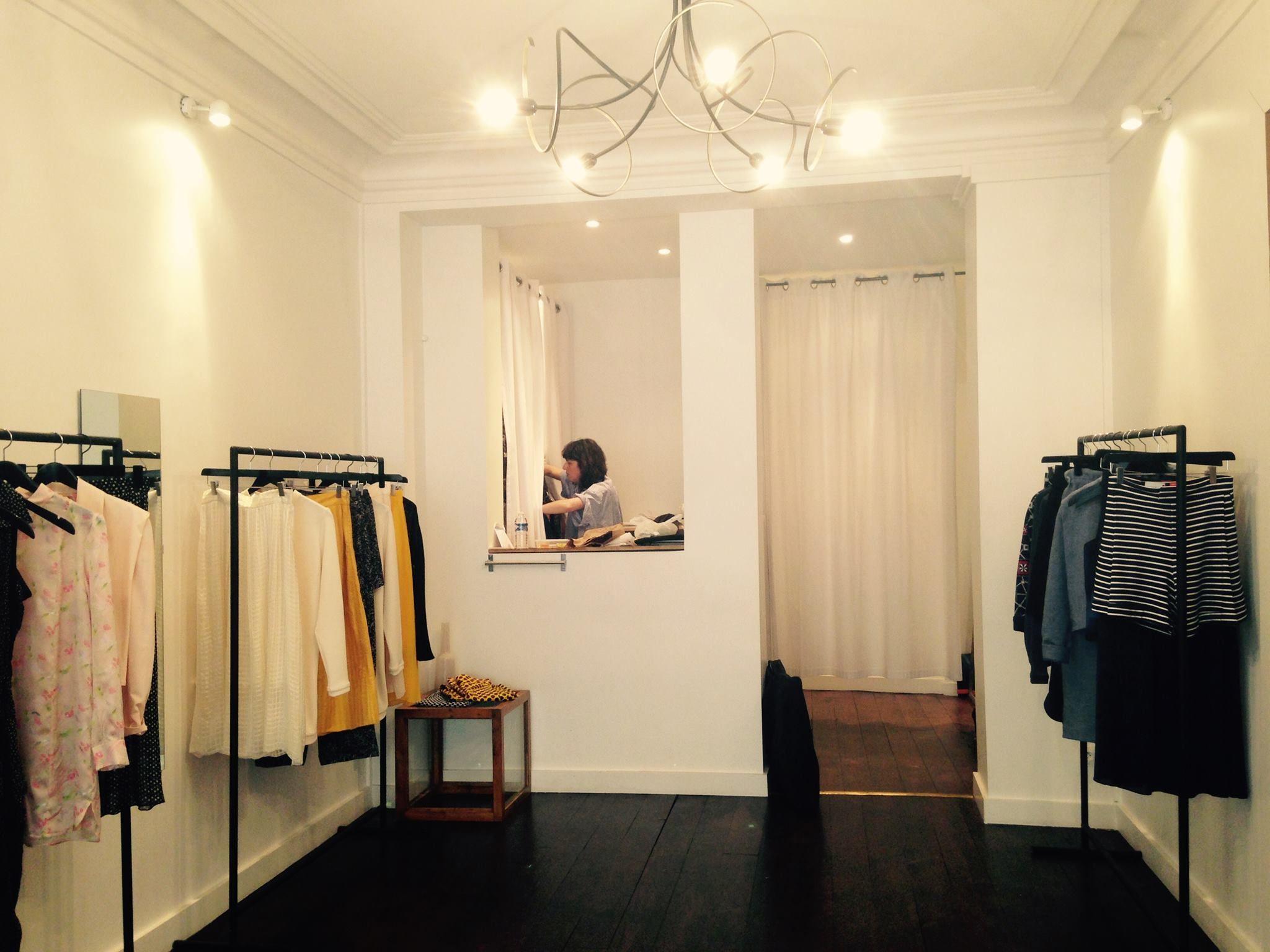Boutique Zeit 70 rue des Matyrs 75009 Paris #zeit #zeitparis #zeitparisberlin #paris #berlin #fashion #ethical #look #collection