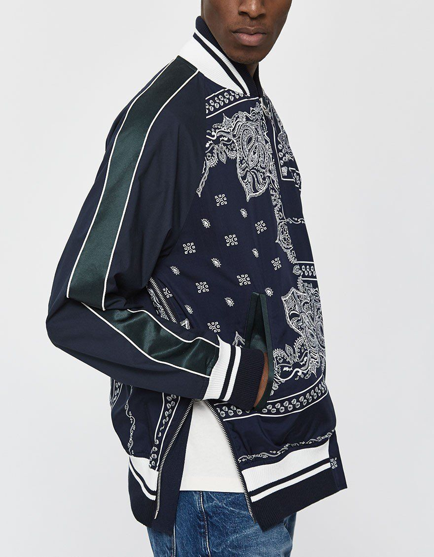 Sacai Bandana Print Zip Up Jacket Bandana Print Streetwear Fashion Dude Clothes [ 1130 x 880 Pixel ]