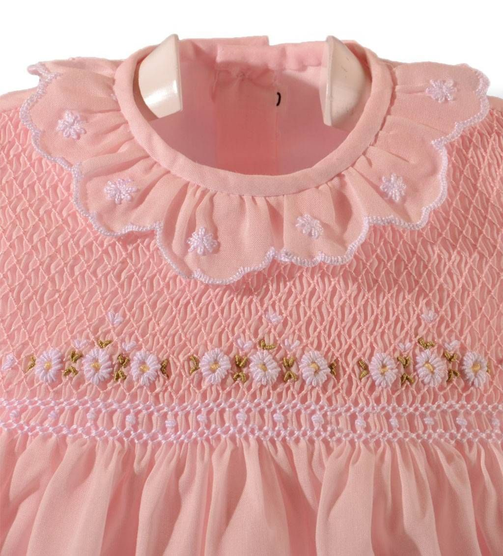 Pin On Smocking For Baby Tots Pin All You Like But Go To My 2 Board For New Pins