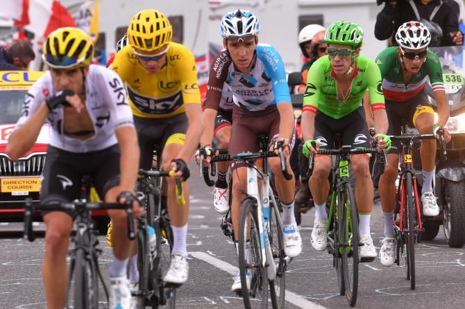Mikel Landa Leads Chris Froome With Romain Bardet Rigoberto Uran And Fabio Aru Behind Stage 17 Tdf 2017 Tour De France Chris Froome Cycling