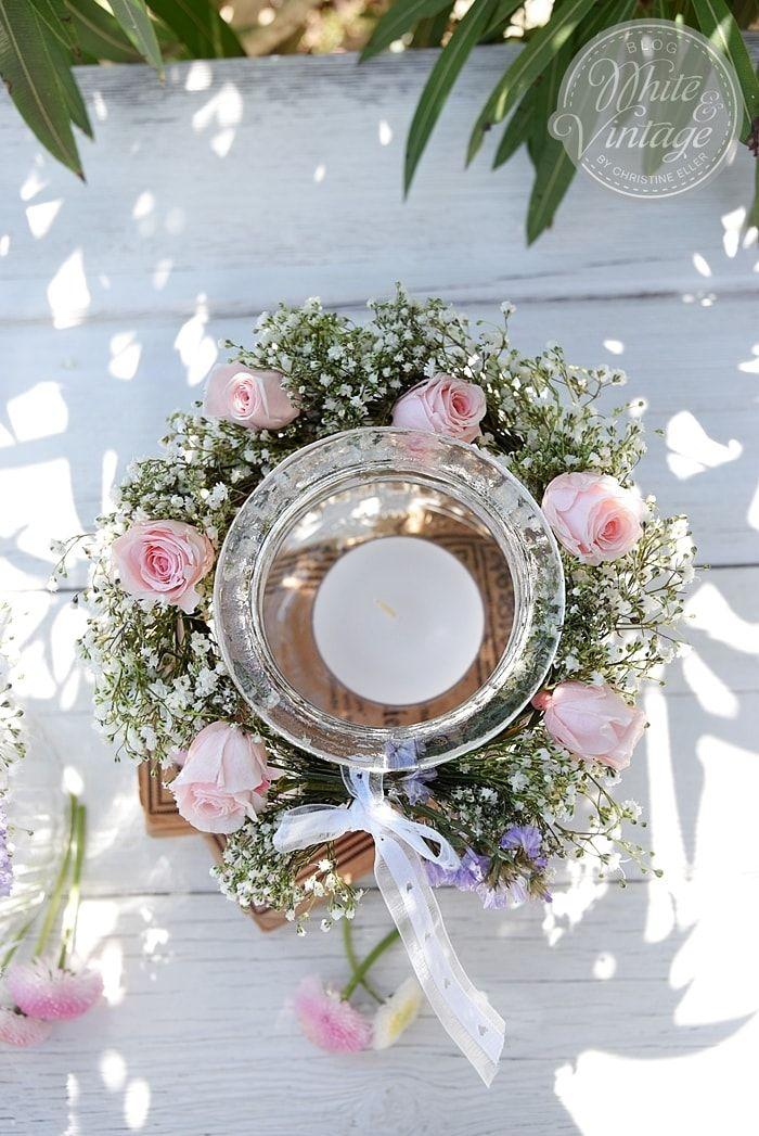 Diy Windlicht Mit Blumenkranz Romantische Tischdekoration