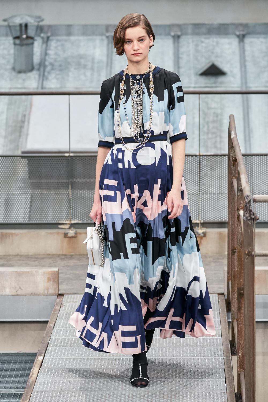 Chanel Spring 2020 ReadytoWear Fashion Show Модные