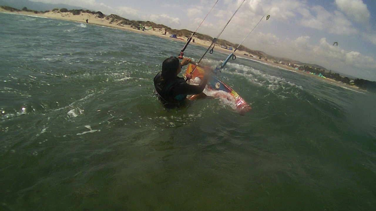 BORN TO KITE TARIFA CLASE CON CARMELA JAPON