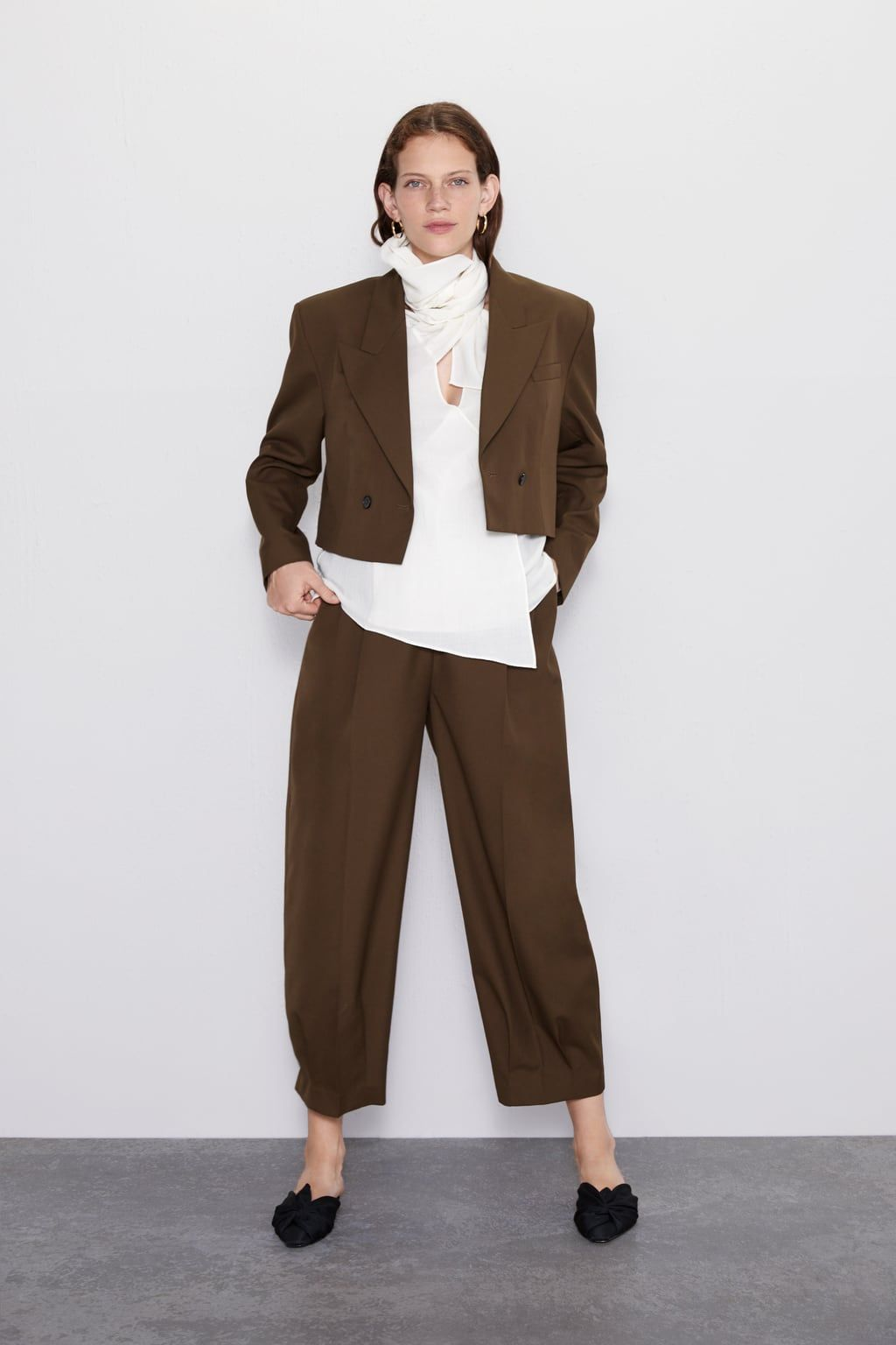 Photo of WIDE LEG PANTS WITH DARTS