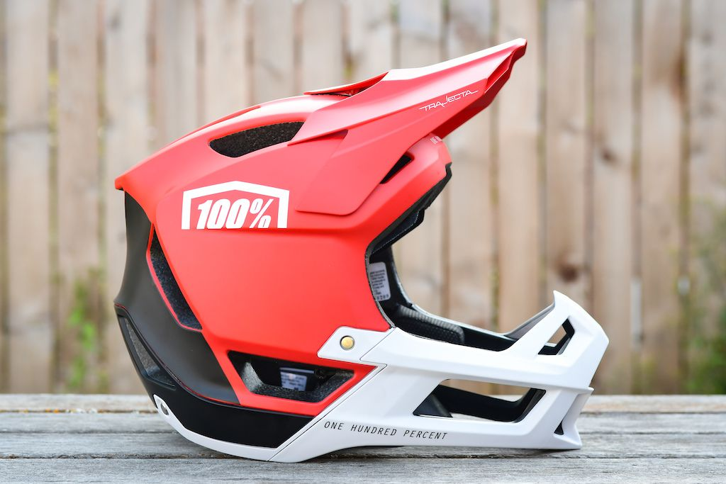 100 Introduces New Half Shell Lightweight Full Face Helmets Pinkbike Full Face Helmets Helmet Motorcycle Helmet Design