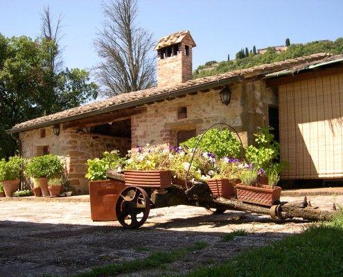 Farm House Podere Pratovecchio - Agriturismo Podere Pratovecchio  To book - Per prenotare: mail@agriturismopratovecchio.it    #Agriturismo #FarmHouse #DebbieTravis #Tuscany #Toscana #Bio #Farm #Bio #Organic #Travel #Viaggi #Relax #Montepulciano #Siena #Pienza #Arezzo