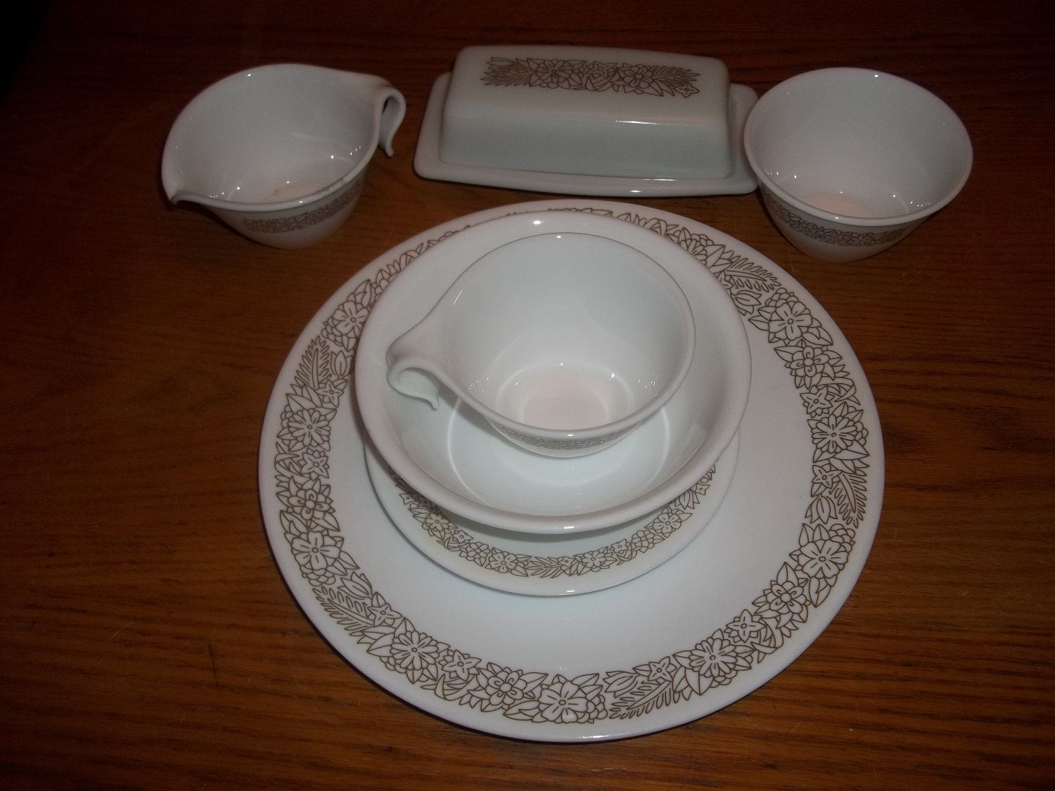 Vintage Woodland Brown Corelle Dish Set by trudyp on Etsy, $40.00 ...