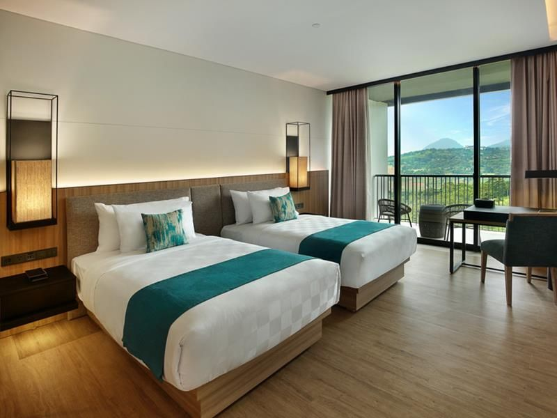 Royal tulip gunung geulis resort and golf puncak indonesia