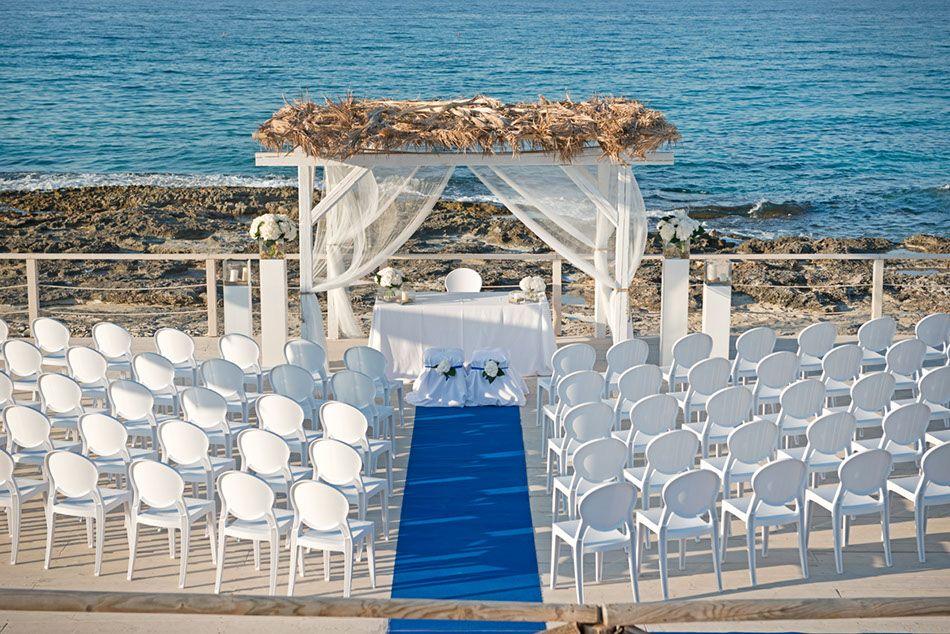 Matrimonio Sulla Spiaggia In Italia : Matrimonio sul mare in puglia see weddings polignano a mare