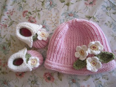 babybooties and cap