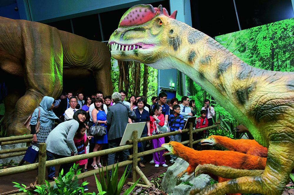 dinosaurier bei der t rex sonderausstellung