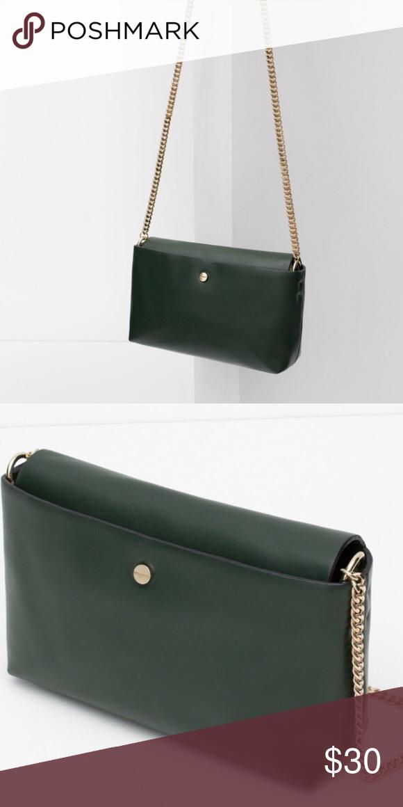 cd7ba7e13964a ZARA messenger bag with chain Dark green with gold chain. Faux leather Zara  Bags Crossbody Bags