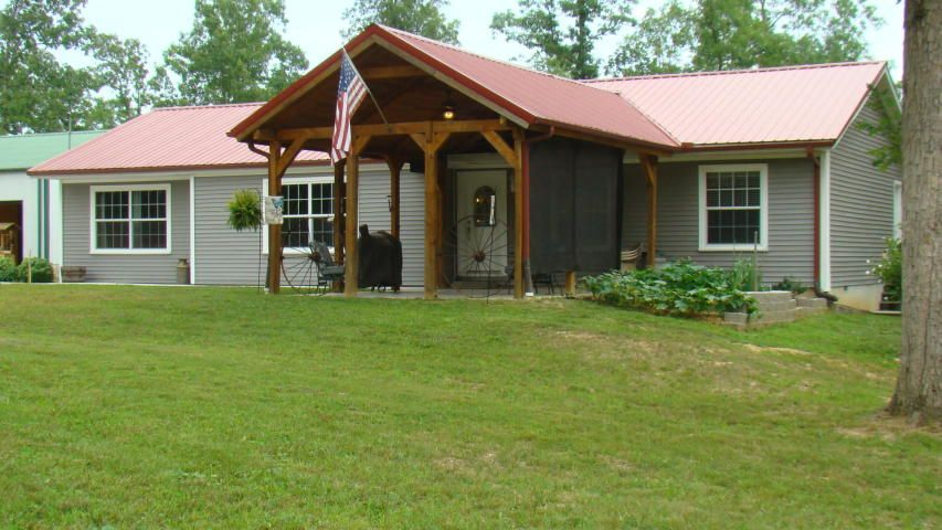 Best Tucked Away In The Woods On 10 Acres Sets This Spacious 400 x 300