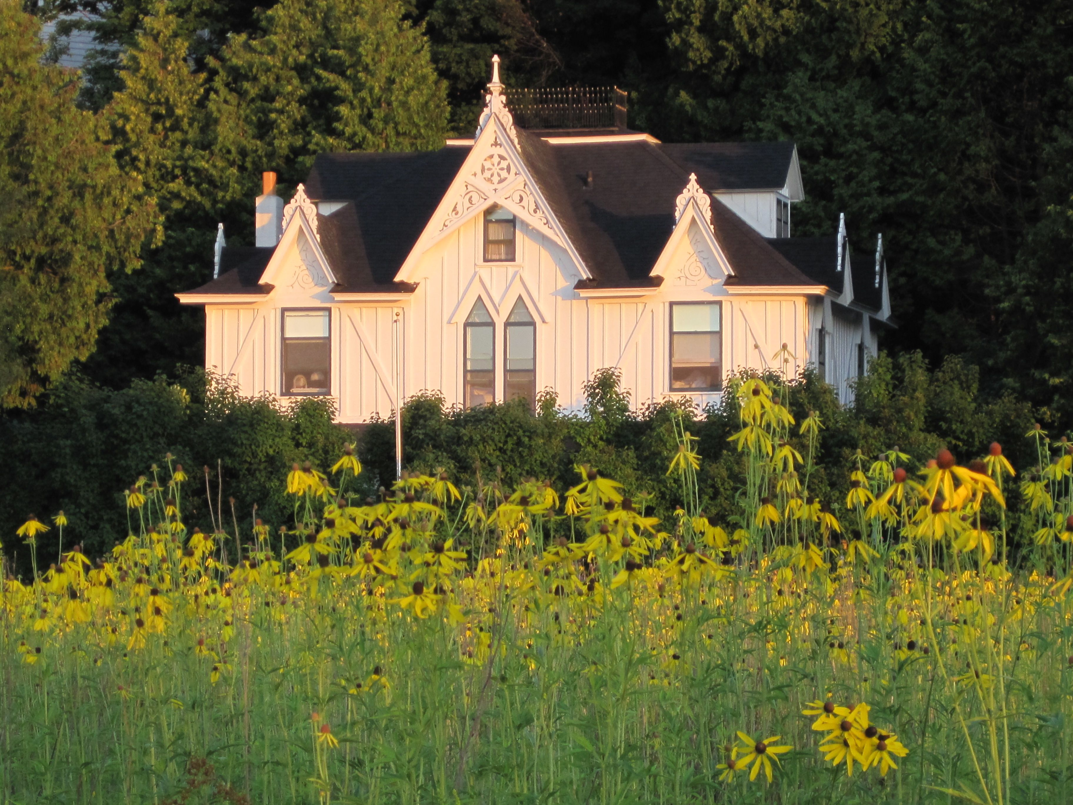 Small Point Bed Breakfast Accommodations Bed And Breakfast Mackinac Island Mission House