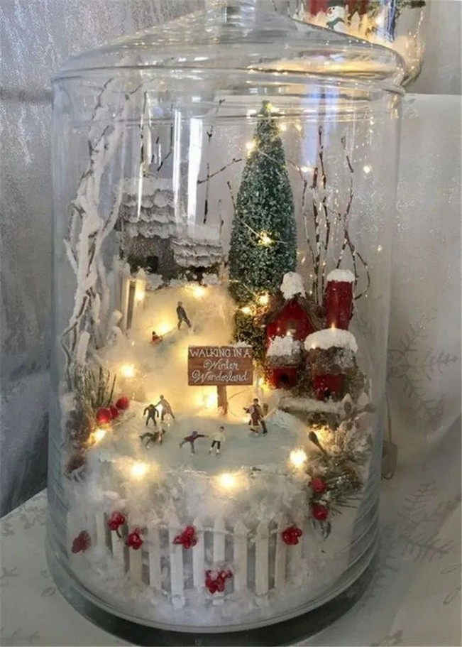 Diy Christmas Table Decoration Ideas Sorting Out A Dinner Is One Approach T With Images Christmas Centerpieces Diy Snowman Christmas Decorations Christmas Centerpieces