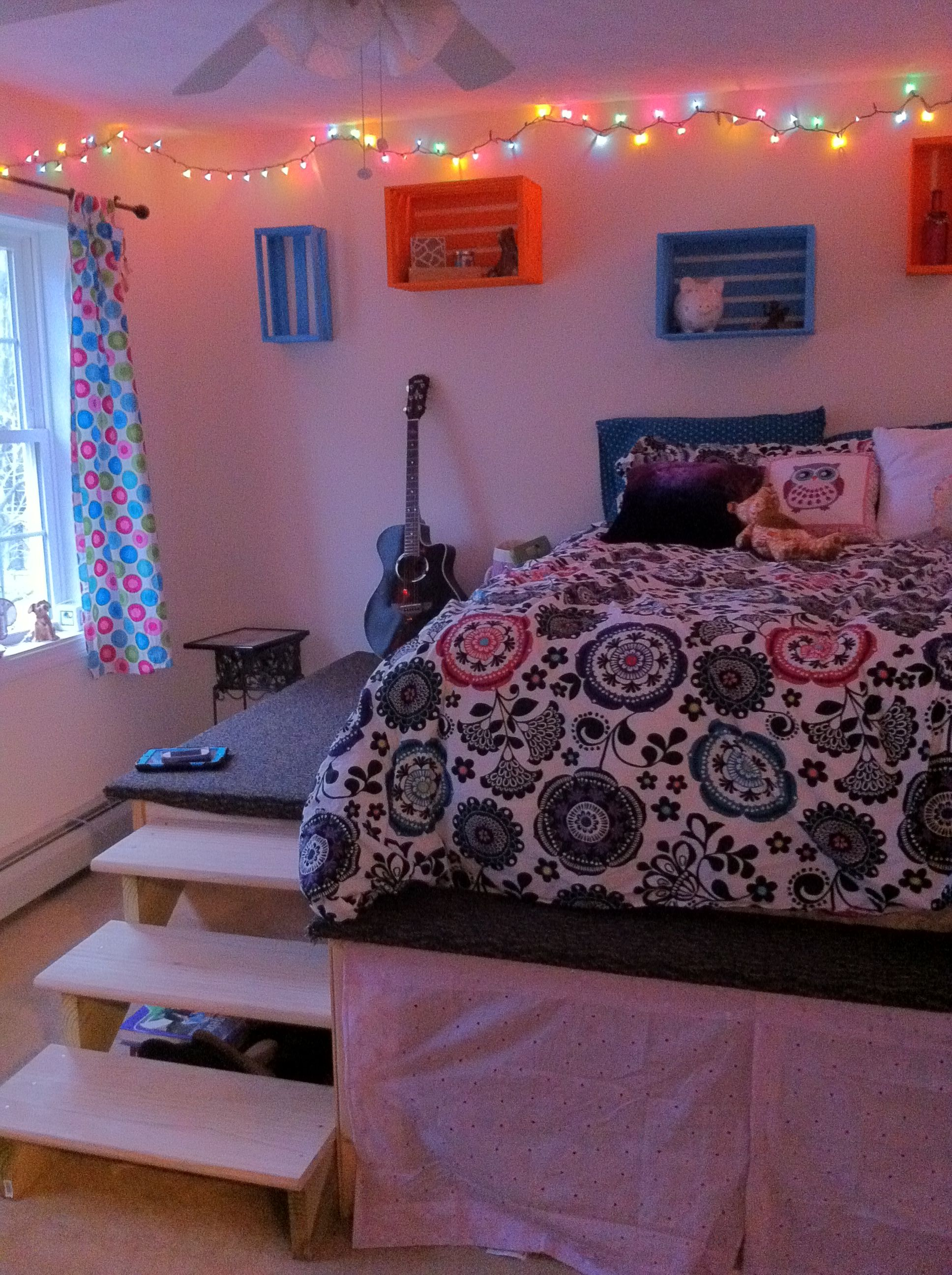 Bed On A Raised Platform Teenager Decor Ideas Room Inspiration