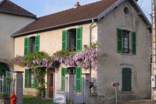 Les Volets Verts - Gîte Holiday Rental in Vanne, Haute-Saône, France - Gites De France Avec Piscine Interieure