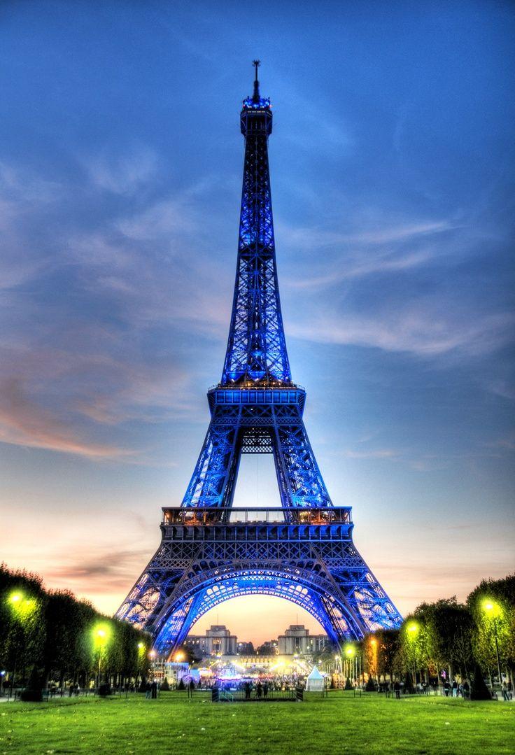 Paris in green and indigo colors